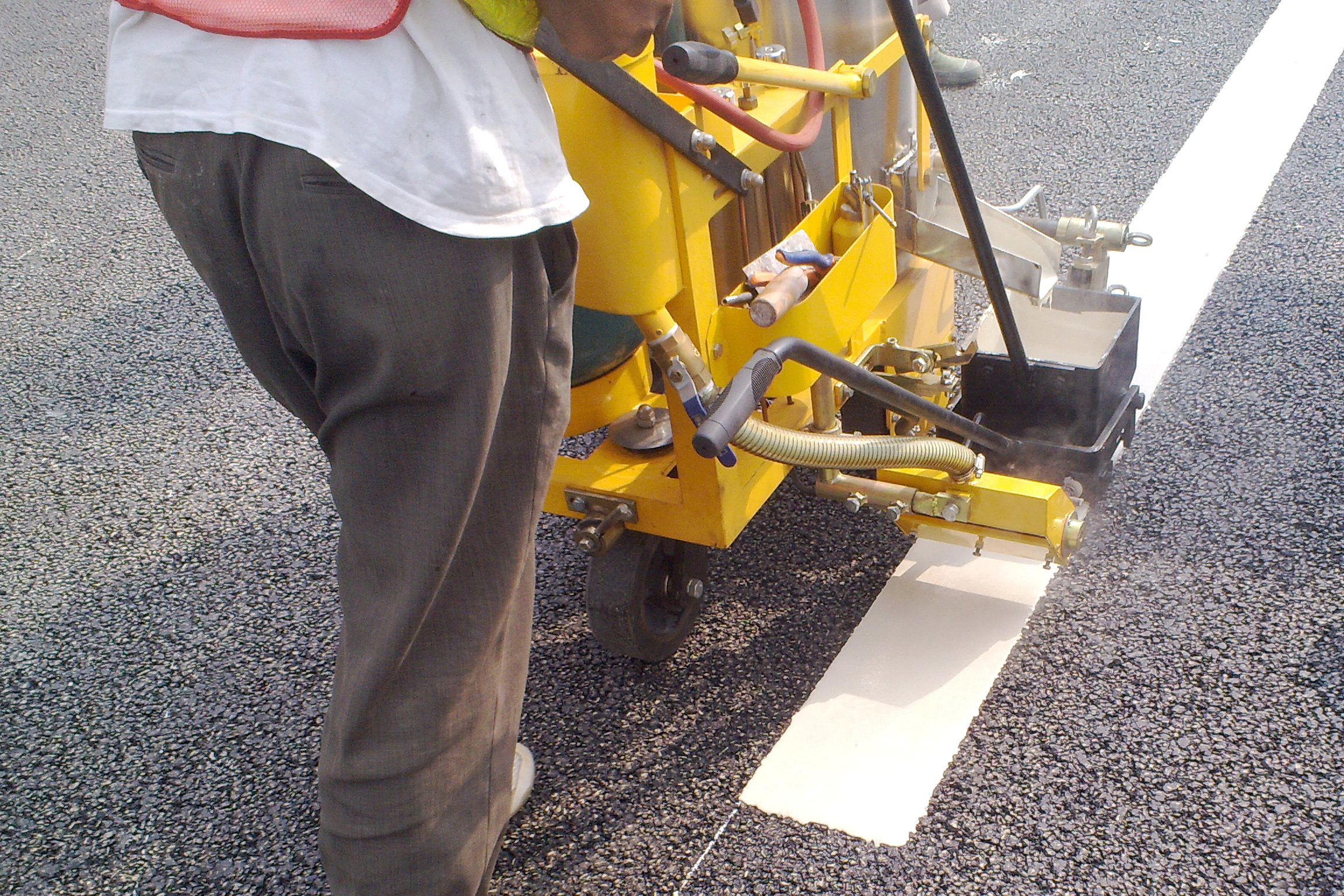 TW-H Manual road marking machine